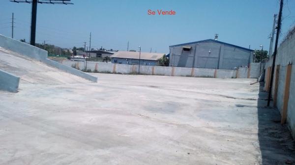Edificio Y Solar En La Autopista Duarte Km.22