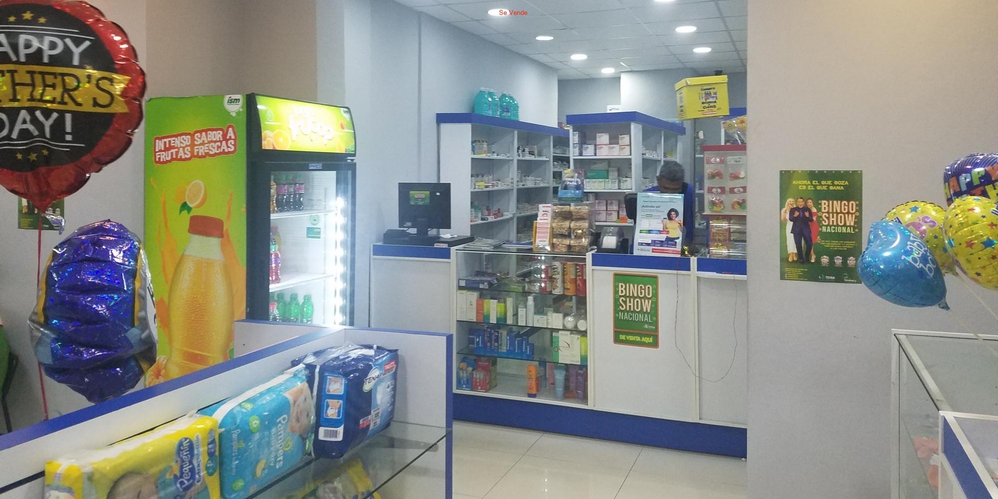 Farmacia En Zona Céntrica Del Distrito Nacional Con Mucho Tráfico